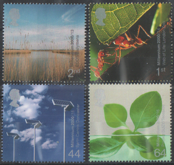 SG2138 / 41 2000 Life & Earth unmounted mint set of 4