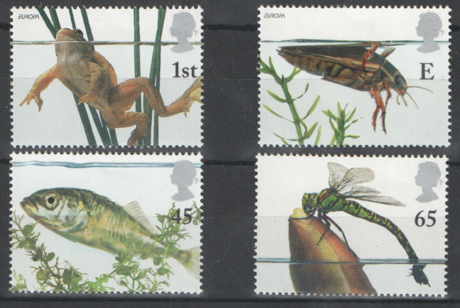 SG2220 / 23 2001 Pond Life unmounted mint set of 4